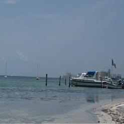 Cancun Yachts Club