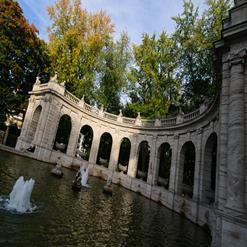 Der Maerchenbrunnen