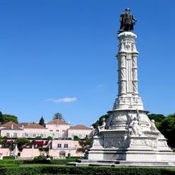 Statue to Afonso de Albuquerque